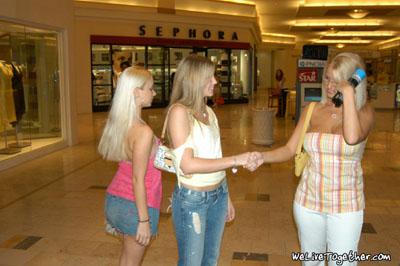 Lesbian girls date
